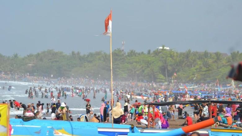 Pantai Pangandaran (Faizal Amiruddin/detikcom)