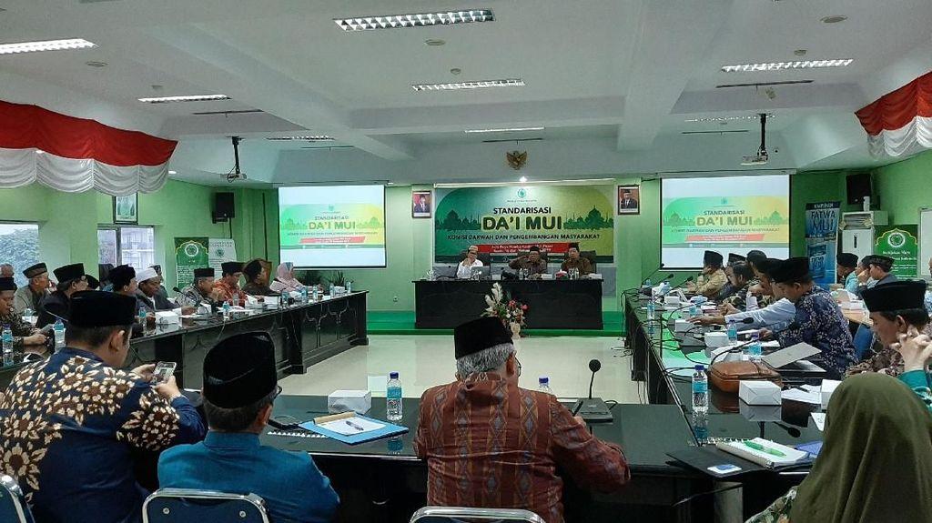 KPI di Program Standardisasi Dai: Ceramah Tak Boleh Rendahkan Agama Lain