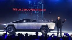 Kalau Cybertruck Nggak Laku, Elon Musk: Gampang, Tinggal Bikin yang Normal