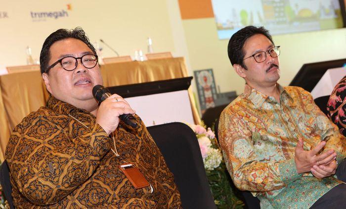 PT Indonesia Infrastructure Finance (IIF) berencana melakukan penerbitan obligasi berkelanjutan pertama melalui penawaran umum Perseroan yang kedua dengan target dana terkumpul sebesar Rp3.000.000.000.000,- (tiga triliun Rupiah). Pada obligasi tahap pertama tahun 2019, diharapkan dapat meraup dana sampai dengan Rp.1.500.000.000.000,- (satu triliun lima ratus miliar Rupiah). Foto: dok. IIF