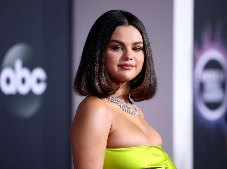 Selena Gomez Cerita Album Rare, Berisi Kepahitan Cinta dan Lika-liku Hidup