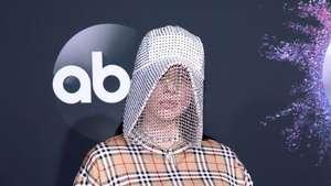 Billie Eilish, Diraba Fans hingga Ajakan Kolaborasi BTS