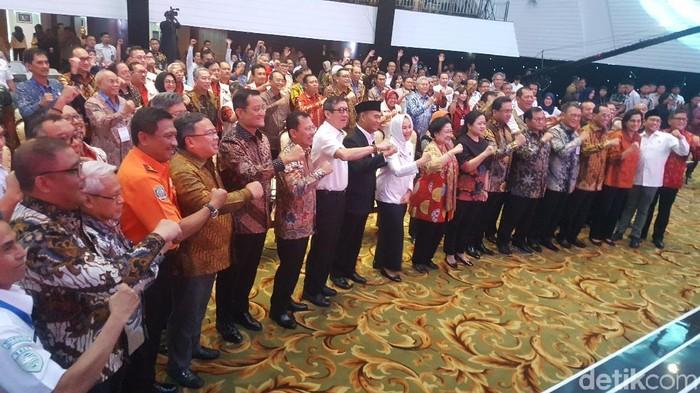 Megawati Soekarnoputri dinobatkan sebagai Tokoh Pelopor Penguatan Modernisasi Meteorologi, Klimatologi, dan Geofisika (MKG). (Zunita/detikcom)