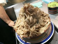 Wow! Soba Terberat di Tokyo Ini Punya Topping 1,2 Kg Daging