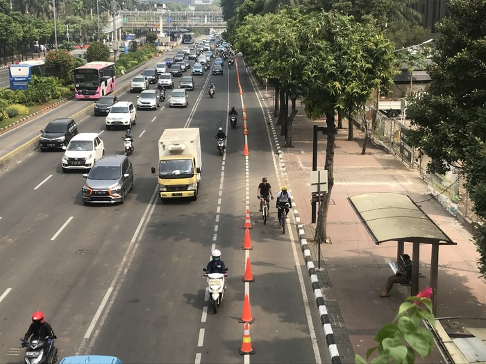 Foto: Jalur sepeda di MH Thamrin Jakarta Pusat (Rolando-detikcom)