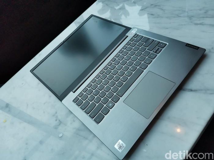 Lenovo ThinkBook 14 (Foto: Aisyah Kamaliah/detikcom)