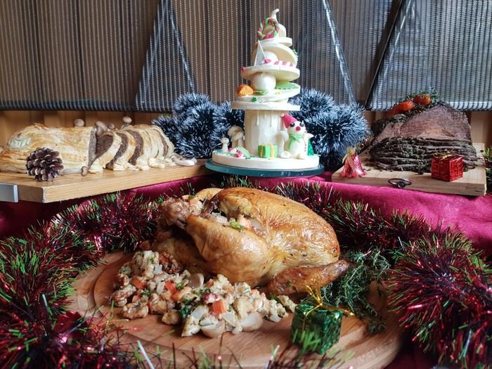 Menu natal dan tahun baru/Foto: Dok. Holiday Inn