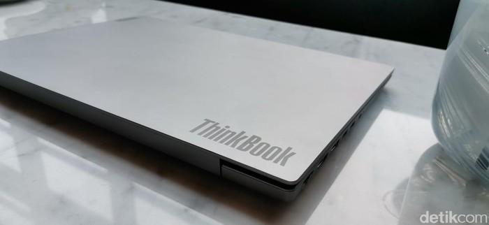Lenovo Thinkbook 14 (Foto: Aisyah Kamaliah/detikcm)