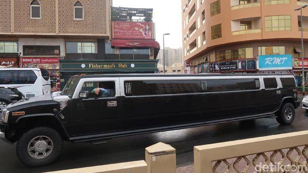 Lihat Mobil Mewah di Jalanan Dubai, Jiwa Ini Meronta