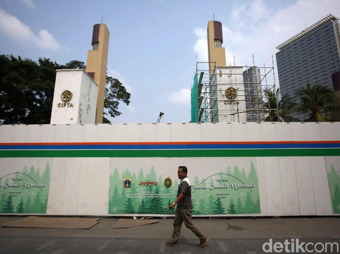 Taman Ismail Marzuki (TIM) sedang direvitalisasi oleh Pemprov DKI sampai tahun 2021. Revitalisasi ini mendapat penolakan dari sejumlah pelaku seni.
