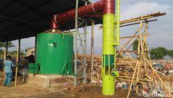 Inovatif! Pria Demak Ini Ciptakan Mesin Pembakar Sampah Tanpa Asap