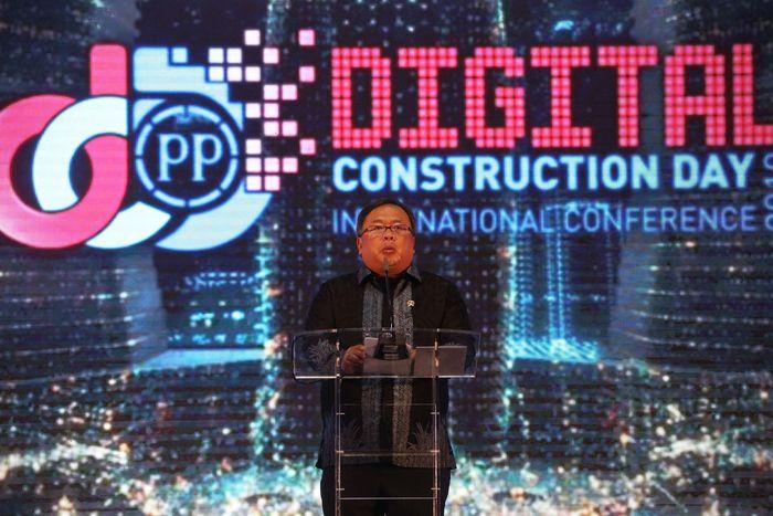 Menristek Bambang Brodjonegoro mengatakan kompetensi sektor kontruksi Indonesia harus diperkuat agar dapat berkembang dengan perubahan dan kemajuan yang dibawa revolusi industri 4.0.