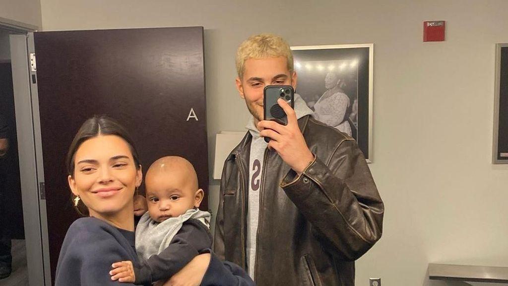Kendall Jenner Beri Kode Ingin Berumah Tangga dengan Pria Dubai Ini