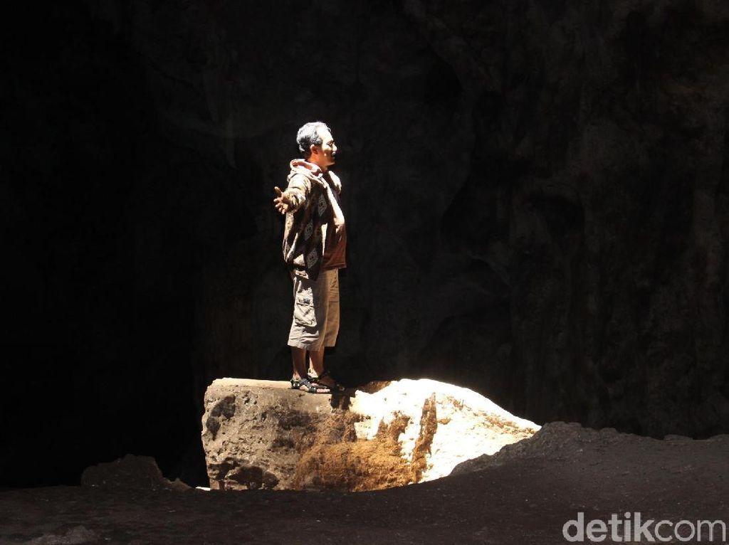 Gua Batu Hapu. (Foto: Muhammad Risanta/detikcom)