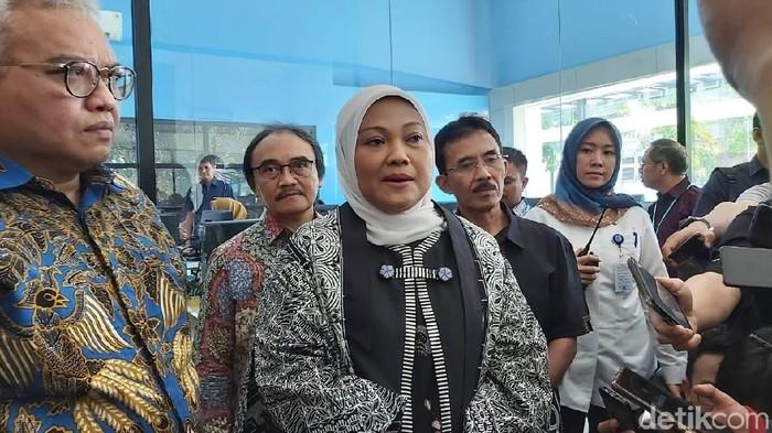 Menaker Ida Fauziyah di Semarang