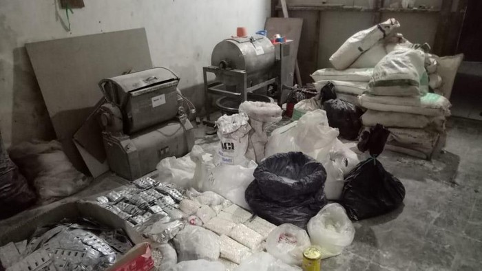 Foto: Barang bukti hasil penggrebekan pabrik pil PCC di Jabar dan Jateng (dok Istimewa)
