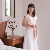 Alasan Marie Kondo Selalu Pakai Baju Putih di Acara Beres-beres Rumah Netflix