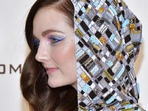 Tips Makeup Mata Saat Pakai Masker dari Makeup Artist Lady Gaga
