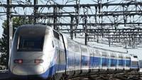 Jepang yang sukses dengankereta berkecepatan tinggi selama empat dekade terakhir, diikuti Prancis. Negara ini sukses mengoperasikan Kereta a Grand Vitesse (TGV) antara Paris dan Lyon sejak 1981 (Foto: CNN)
