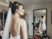 Pernikahan Ini Diabadikan Cuma dengan Smartphone, Hasilnya?