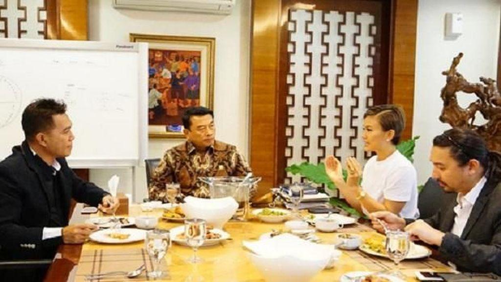 Dikritik Soal Darah Indonesia, Agnez Mo Suka Kulineran Tradisional