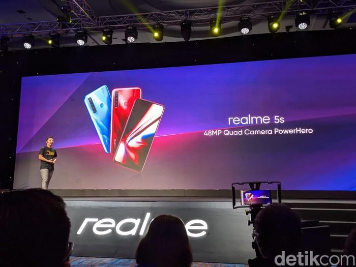 Realme 5s. Foto: Adi Fida Rahman/detikinet