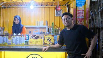 Modal Jual Arloji, Pemuda Asal Makassar Punya 20 Outlet Piscok