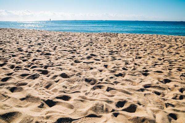 Pantai Haeundae merupakan pantai paling cantik di Korea Selatan. Pantai yang konturnya landai dan berpasir putih! (iStock)