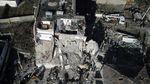 Korban Gempa Albania Tidur di Tenda Darurat