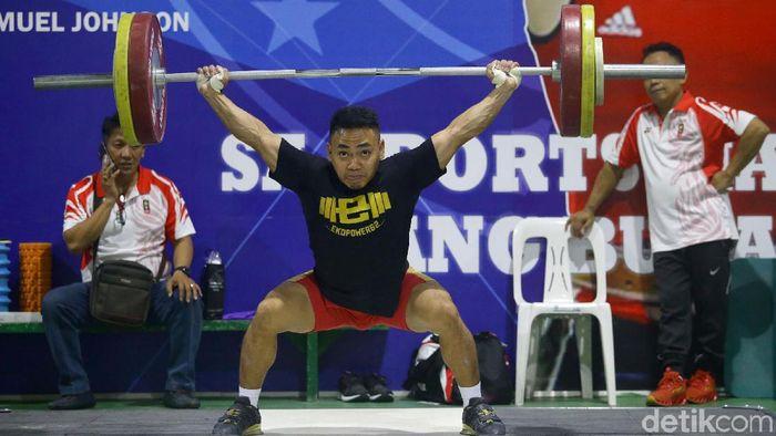 Eko Yuli Irawan saatberlatih di Manila menjelang SEA Games 2019. (Grandyos Zafna/detikSport)