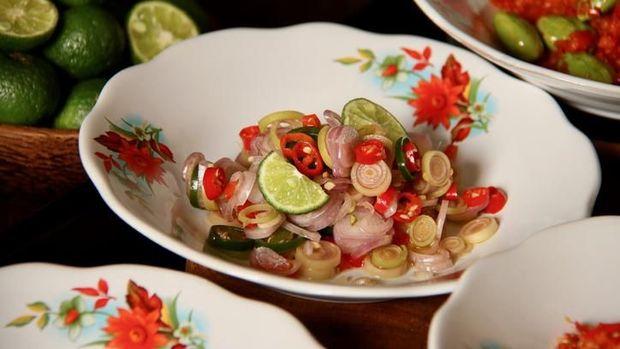 Resep Sambal Matah Ini Cocok Jadi Teman Makan Seafood