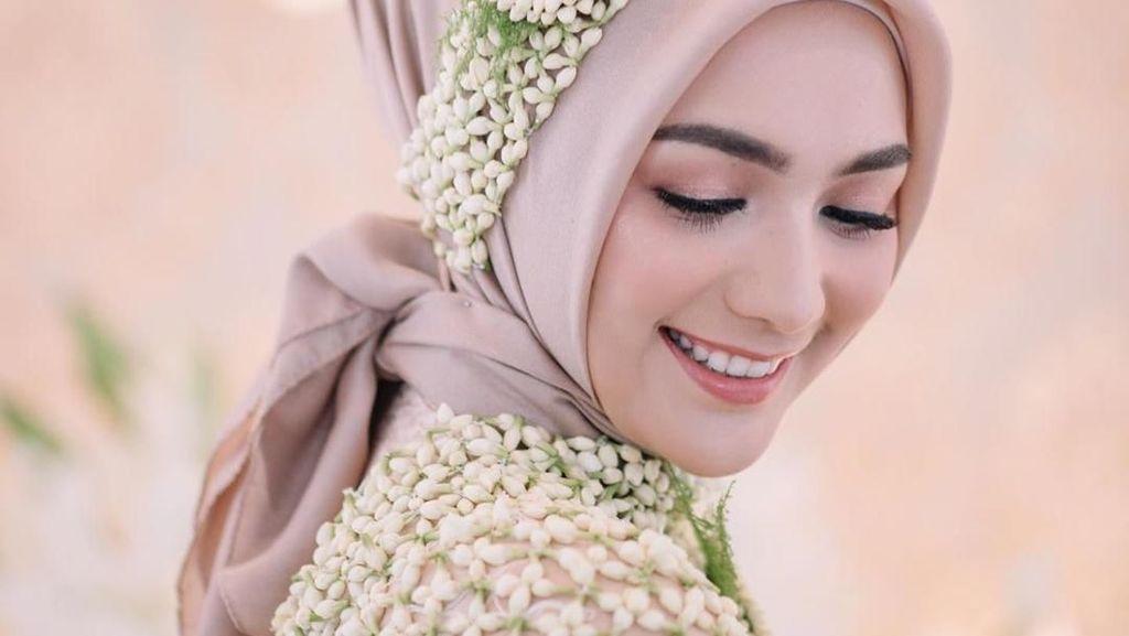 Inspirasi Gaya Hijab Citra Kirana Saat Pengajian dan Siraman Jelang Pernikahan