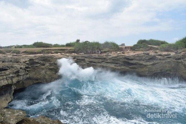 Objek wisata di Nusa Lembongan.