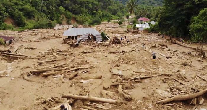 Dampak banjir bandang di Solok Selatan. (Jeka Kampai/detikcom)