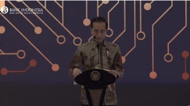 Jokowi Ngeluh Macet 1/2 Jam: Tidak Apa-apa, Ibu Kota Pindah!