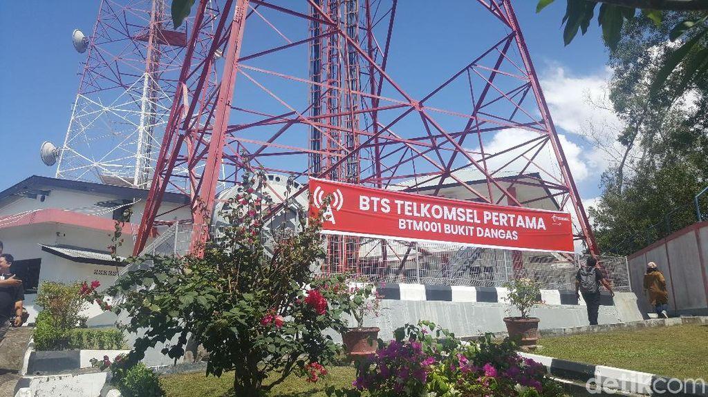 Melihat BTS Pertama Telkomsel di Indonesia dan Kenangan BJ Habibie