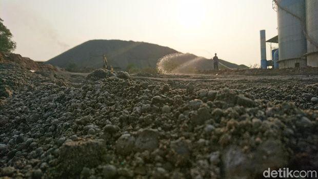 Limbah Nikel dan Plastik Dipakai Buat Bangun Jalan di Cilegon