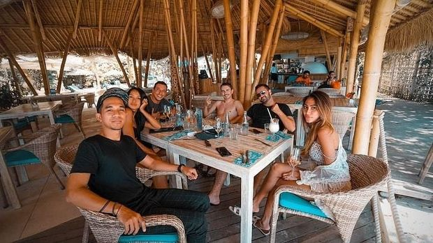 Masih di Bali, Lorenzo Main ke Nusa Lembongan