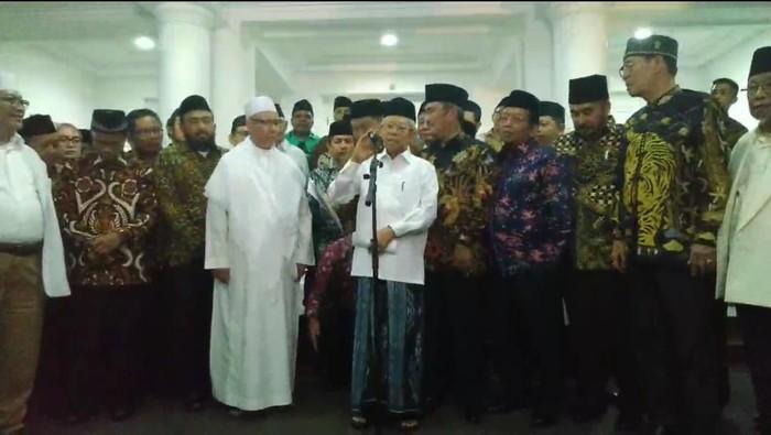 Foto: Maruf Amin dan perwakilan 36 ormas Islam (dok. Istimewa)