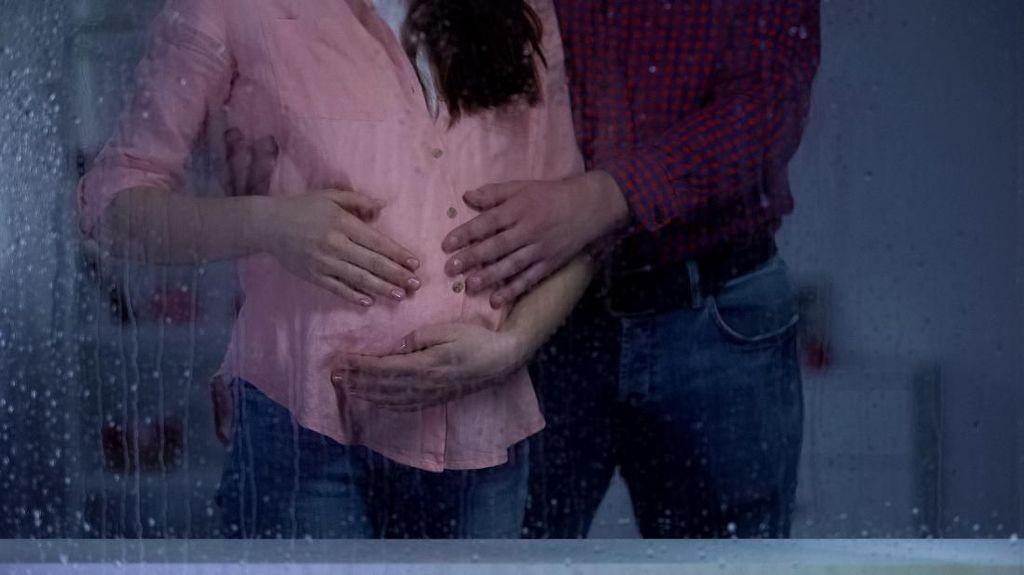 Jangan Sampai Sakit, Jaga Kondisi Kehamilan di Musim Hujan