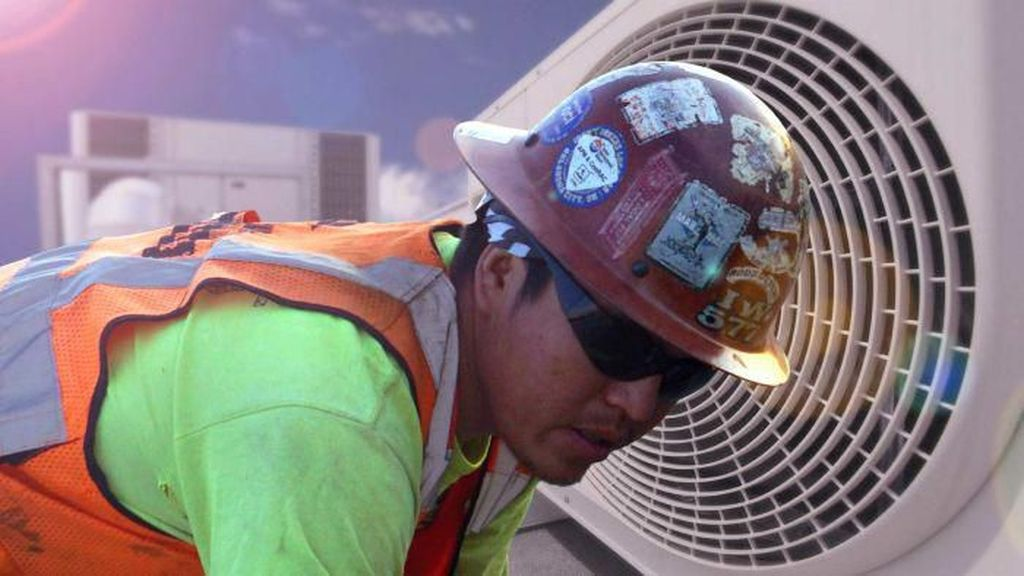 Sarjana dari Indonesia Dibayar Mahal Jadi Tukang AC dan Listrik di Australia