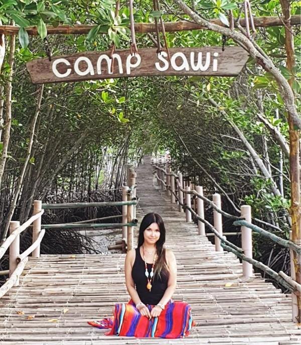 Pulau Bantayan sendiri berada di Laut Visayan, Provinsi Cebu, Filipina. Tak kalah dari Palawan, Bantayan Island yang juga disebut sebagai Virgin Island alias pulau perawan ini begitu populer di kalangan backpacker. (maria.ozawa/Instagram)