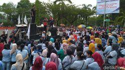 Buruh Minta Bupati Bogor Dorong Ridwan Kamil Terbitkan SK UMK 2020