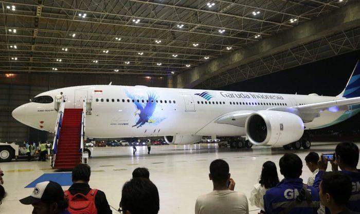 Pesawat baru Garuda Indonesia itu diperkenalkan di Garuda Maintenance Facility, Rabu (27/11). Istimewa/Garuda Indonesia.