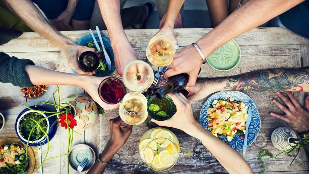 Cara Jaga Kadar Kolesterol agar Tak Naik Sehabis Makan Enak