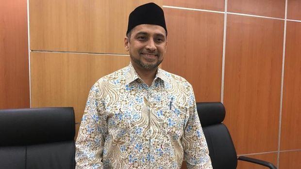 Ketua Komisi B DPRD DKI Abdul Aziz, rapat komisi B DPRD DKI dengan jakpro, jakpro