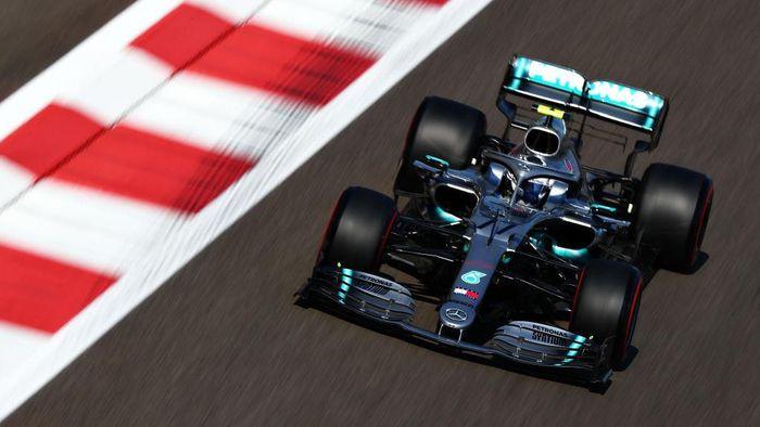 Valtteri Bottas tercepat di sesi latihan bebas pertama GP Abu Dhabi (Foto: Dan Istitene/Getty Images)