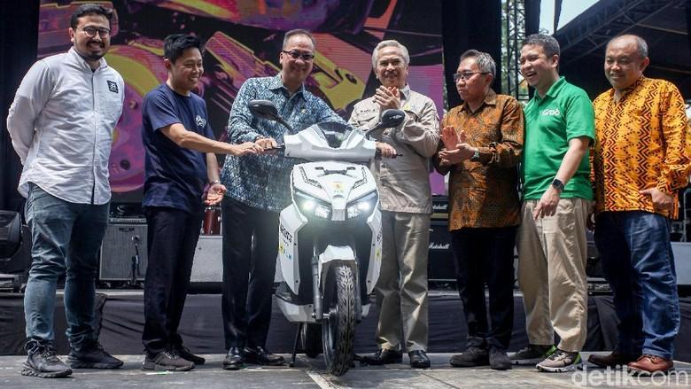 Menperin saat membuka pameran IIMS Motobike Expo 2019 Foto: Rifkianto Nugroho