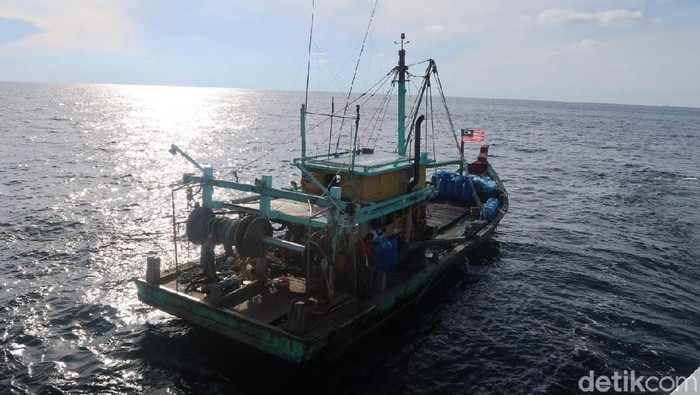 Foto: Kapal nelayan berbendara Malaysia ditangkap di Selat Malaka (dok ist)