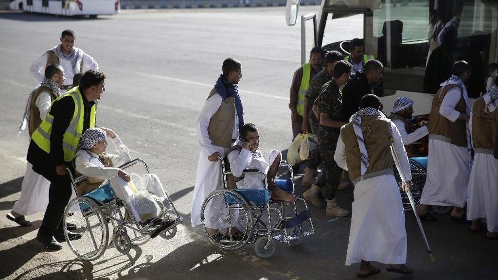 128 Pemberontak Houthi Dibebaskan Arab Saudi dan Diterbangkan ke Yaman